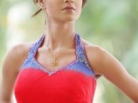 13-halter-neck-blouse-design