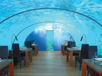 15-restaurant-design-undersea-ithaa-maldives