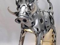 3-pig-metal-sculpture-by-ptolemy-elrington