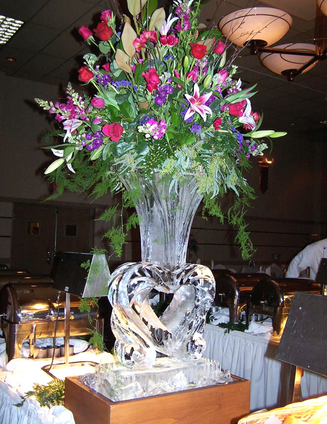vase ice sculpture