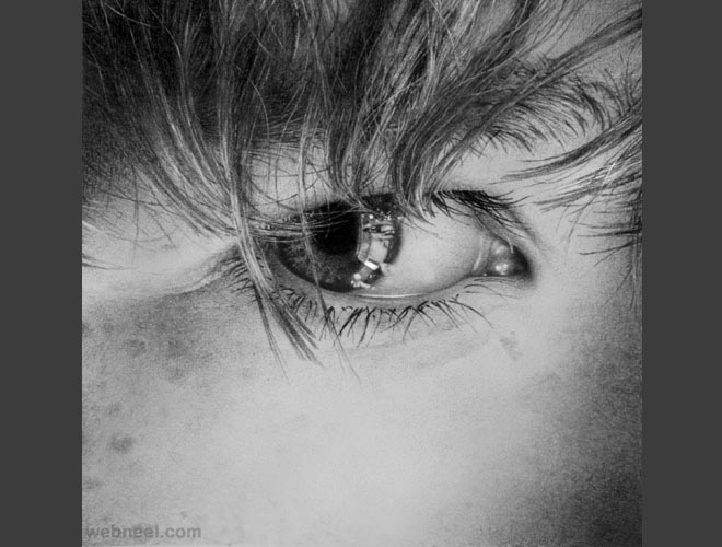 eye pencil drawing realistic
