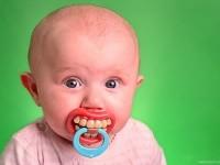 2-teething-baby-photography