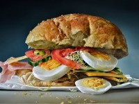 13-sandwich-realistic-oil-paintings-by-tjalf-sparnaay