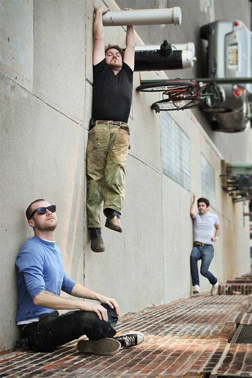 4 amazing forced perspective photography