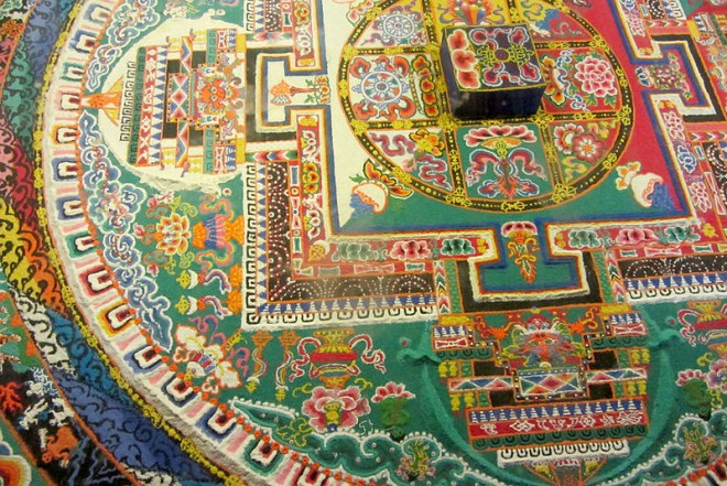 mandala sand art design