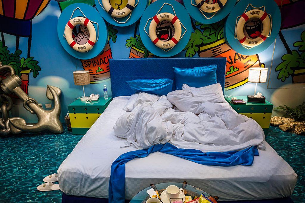 motel room international women photographer by shu chen