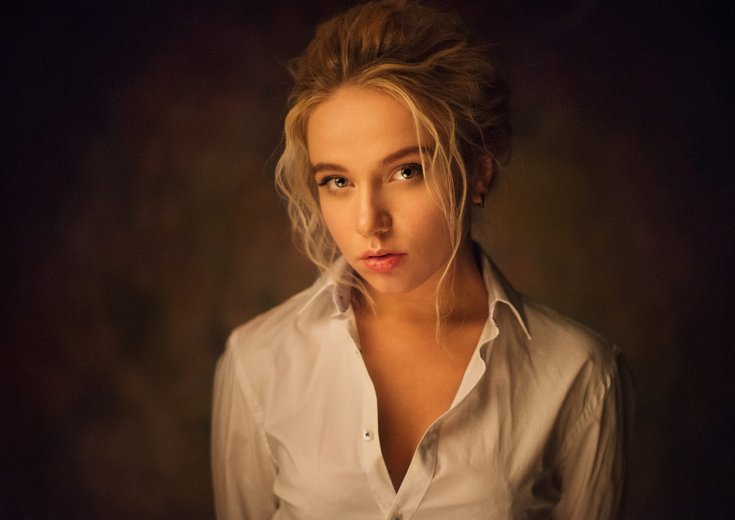portrait photography woman by maxim maximov