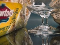 20-glass-hyper-realistic-painting-by-tom-martin