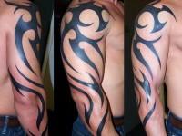 17-tribal-shoulder-tattoos
