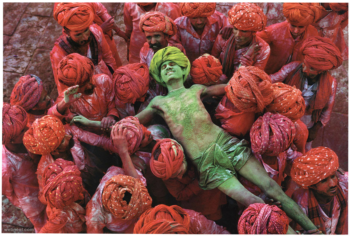 holi india famous photographer steve mccurry