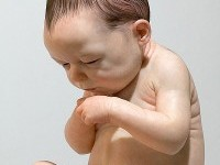 10-hyper-realistic-sculptures-by-sam-jinks