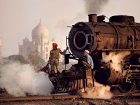 1-india-photography-by-stevemccurry
