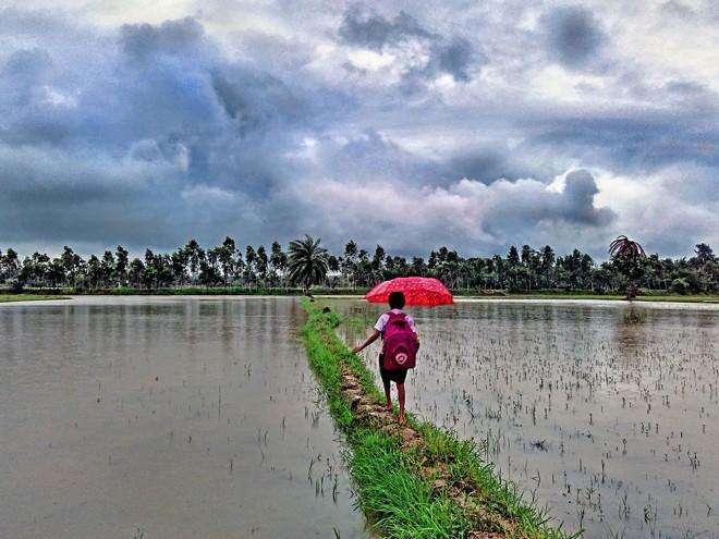 kid school monsoon environment photography