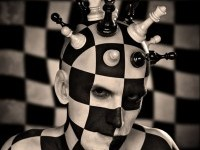 10-chess-board-photo-manipulation