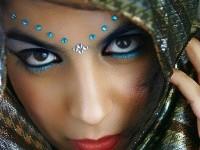 2-beautiful-women-photography