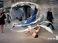 13-splashing-effect-milk-dance-photo-manipulation-dimitri