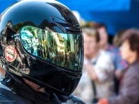 24-helmet-andres-reflection-photography