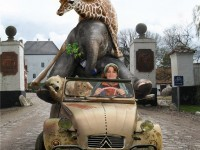 25-animals-sitting-car-elephant-photo-manipulation