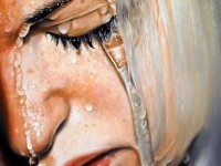 5-face-water-realistic-painting-by-linnea-strid