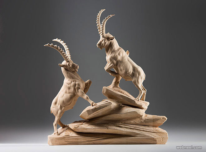 animal wood sculpture