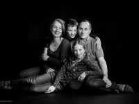 18-family-picture-ideas-by-astudio