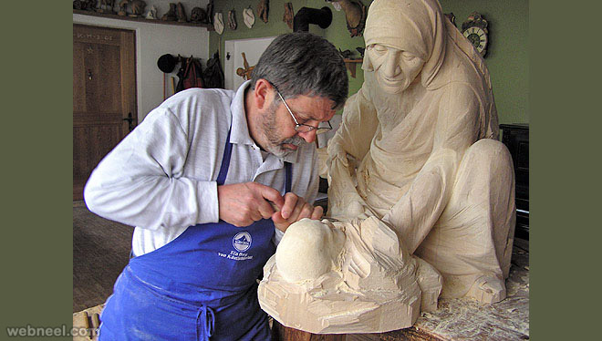 mother theresa wood sculpture by giuseppe rumerio