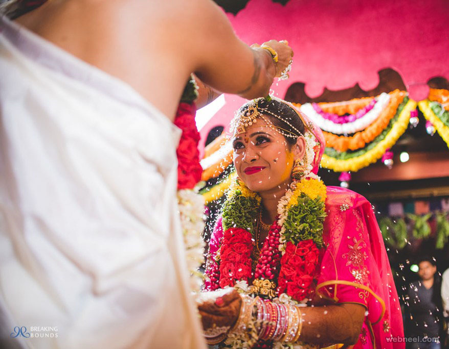 bengaluru wedding photographers breaking bounds