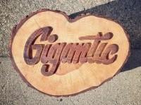15-wood-typography-design