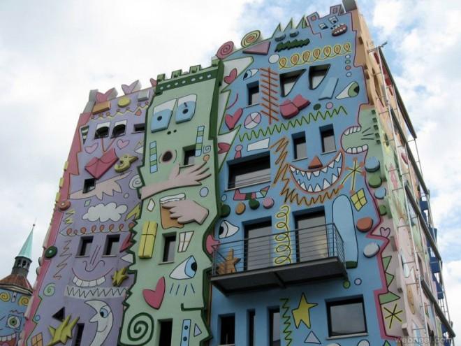 wall art building