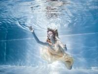 11-woman-underwater-photography-by-rafal-makiela