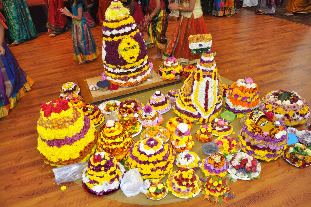 1-bathukama-festival-photo-contest