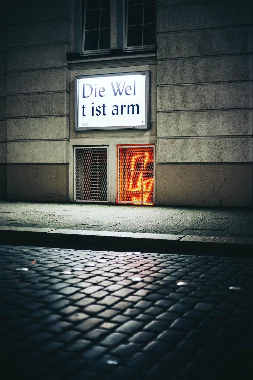 11-hamburg-night-photography-by-mark-broyer