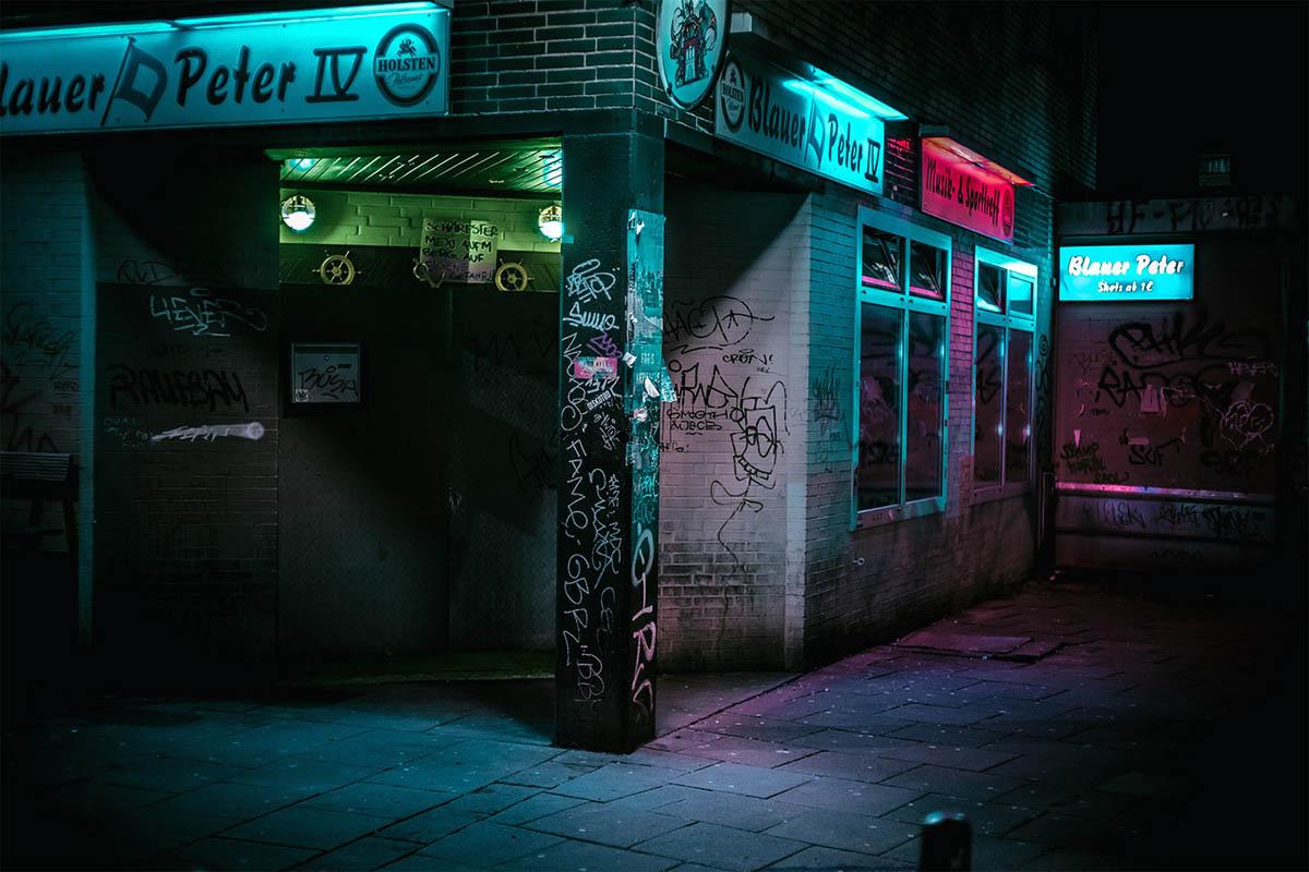 12-hamburg-night-photography-by-mark-broyer