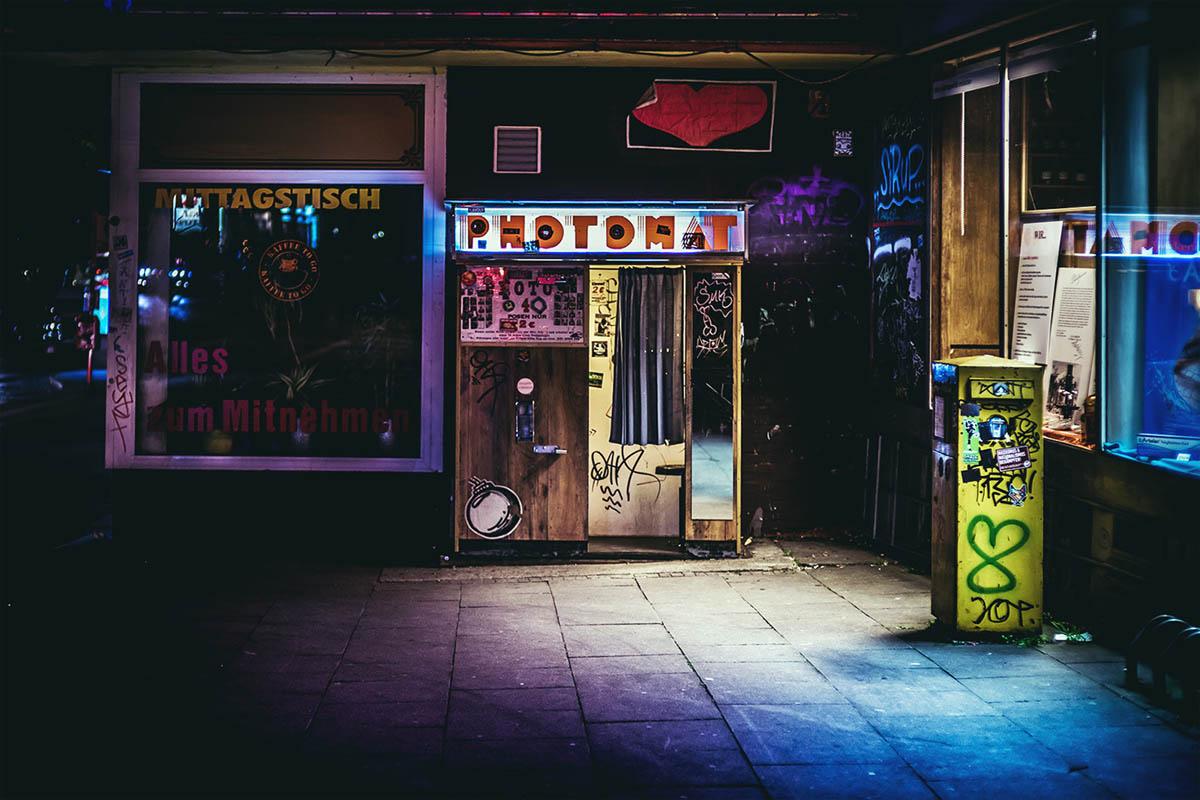9-hamburg-night-photography-by-mark-broyer