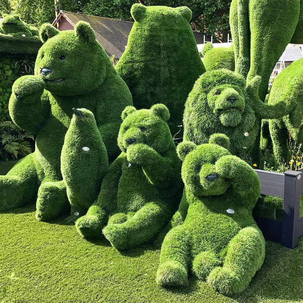 grass garden sculpture