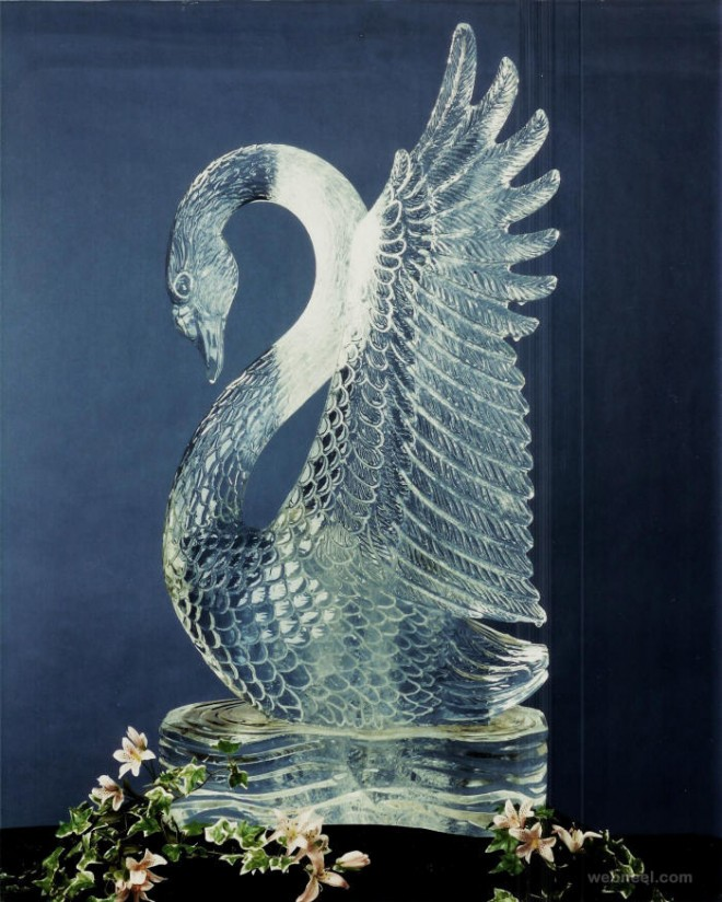 ice sculptures swan