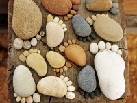 foot-pebbles-design