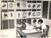 23-rk-laxman-cartoonist-at-work