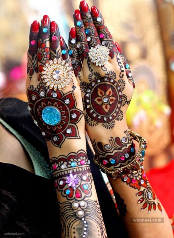 coloured bridal mehndi designs