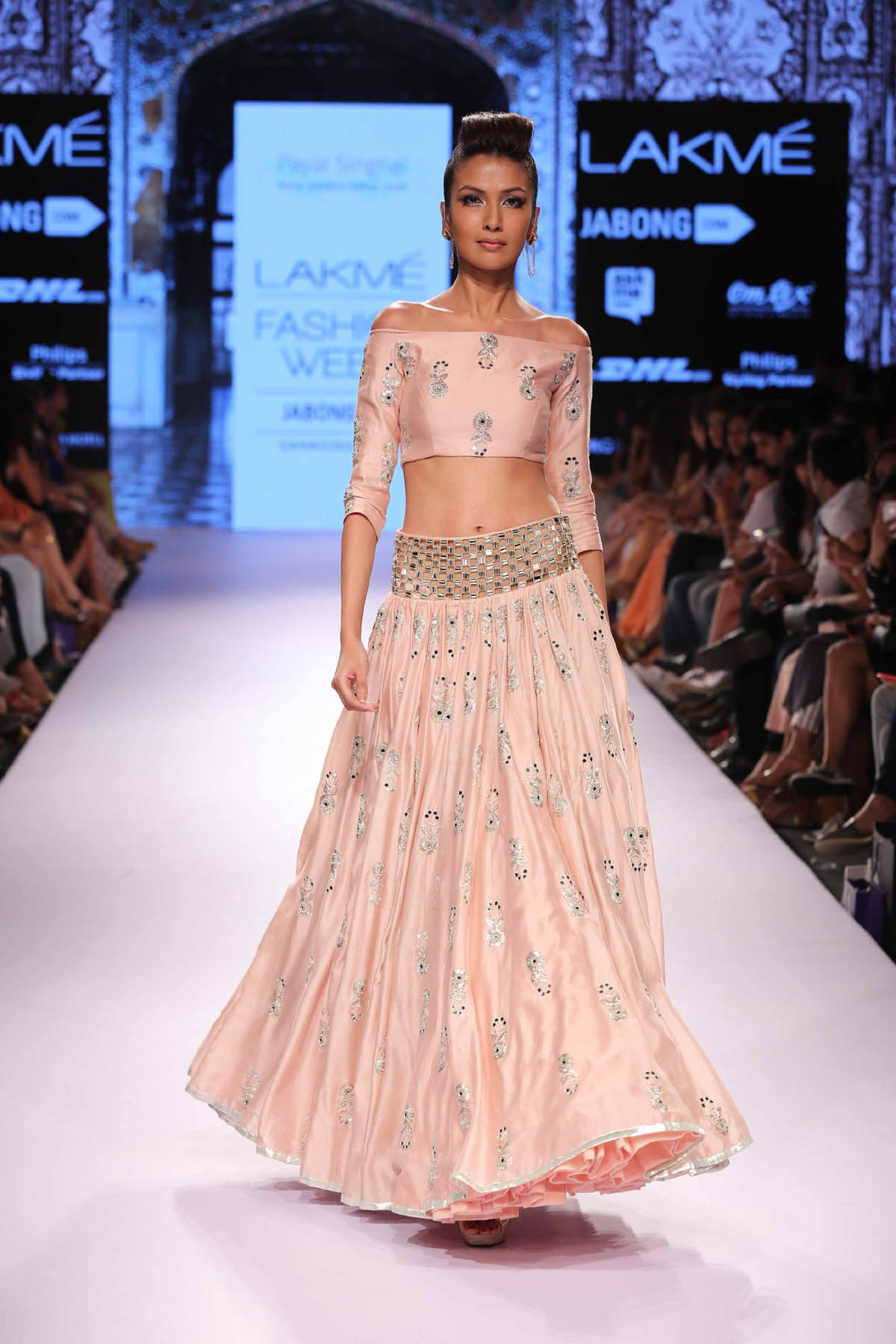 1-blouse-designer-by-payal-singhal