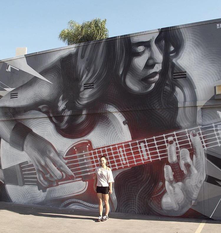 13-beautiful-street-art-by-elmac
