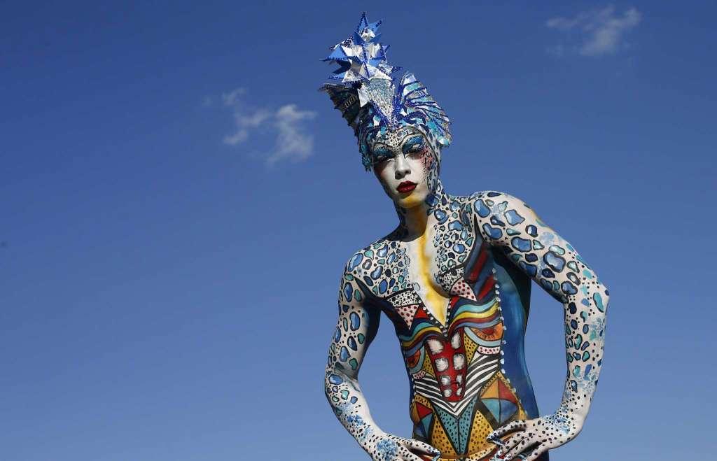blue world body painting festival poertschach