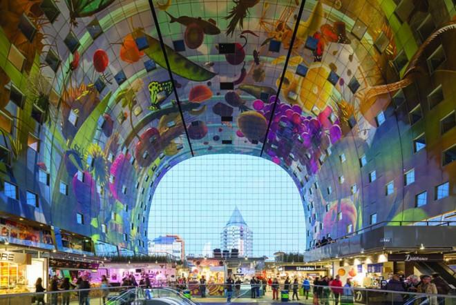 8-public-art-installation-railway-station