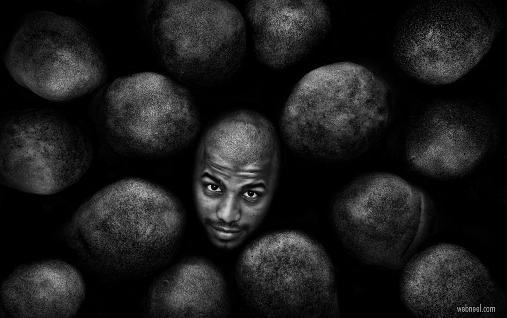black and white photography by aziz albagshi