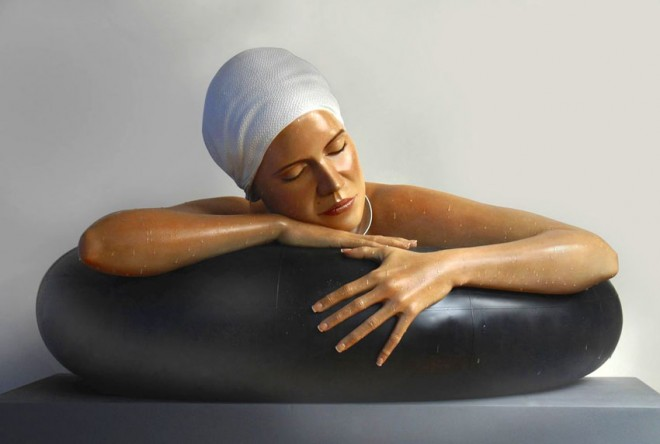 Realistic sculpture carole feuerman%20(19).preview 22 Stunning Hyper Realistic Sculptures by Carole Feuerman   World Famous Sculptor
