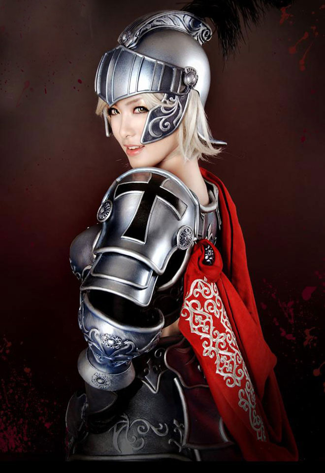 Picture-4 ( 25 Beautiful CosPlay Photographs - Creative Props and Costumes )