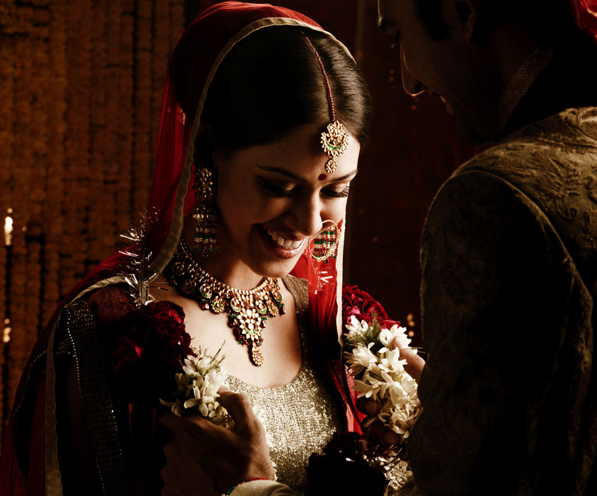 Picture-17 ( 20 Gorgeous Wedding Photographs from Tanishq Wedding Advertisement Gallery )