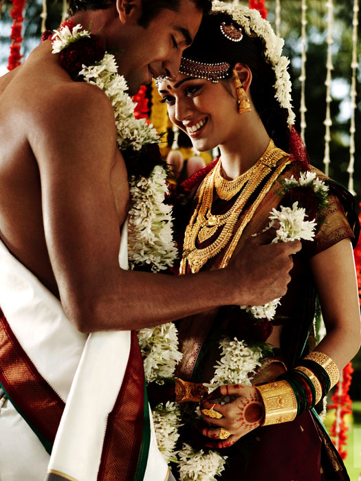 Picture-5 ( 20 Gorgeous Wedding Photographs from Tanishq Wedding Advertisement Gallery )