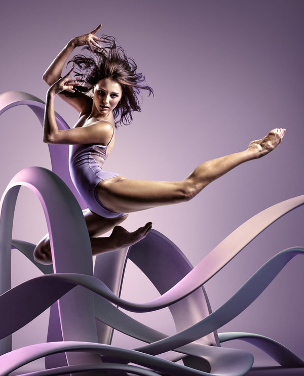 3d motion curves%20(2) Frozen Dancers in Air   Inspiring 3D Sculptures that represents their motion and style