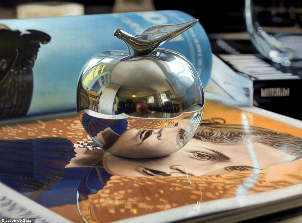 Picture-23 ( 30 Hyper-Realistic Acrylic Paintings by JasondeGraaf - Glass and Reflection )